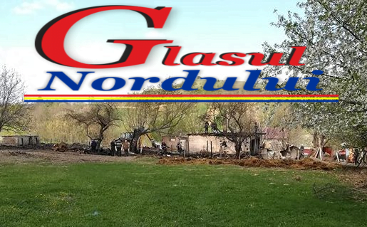 Casa si anexa distruse de flacari la Oroftiana &foto