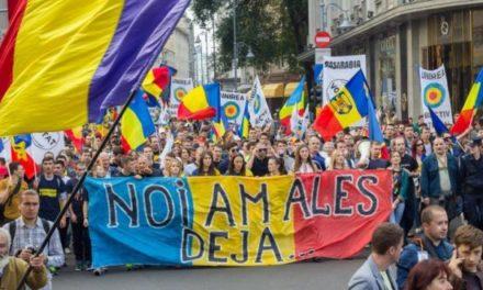 NU s-a mai întâmplat niciodată în Chișinău! A început Referendumul pentru Unirea cu România!