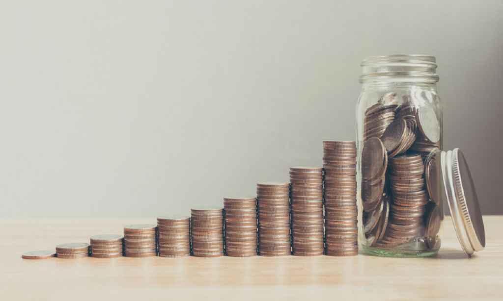începând de azi pensiile cresc cu 10% . Pensia minimă garantată ajunge la 640 de lei