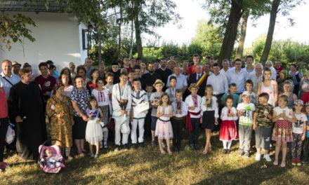 Zi de poveste la Vorona în deschiderea Săptămânii Culturii, 2- 9 septembrie 2018  27 de cupluri de aur sărbătorite de toată comunitatea