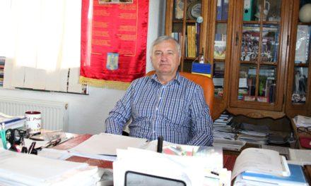 """. Viorel Atomei, singurul primar botoșănean cu șapte mandate: """"S-a ajuns ca oamenii cu influență și fără pregătire să decidă soarta românilor"""""""