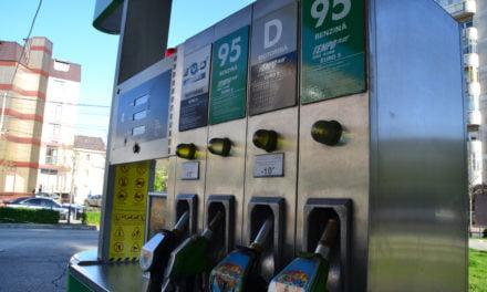 Se schimbă denumirile carburanţilor la pompă