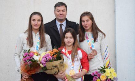 Campioanele de la Clubul Sportiv Botoşani s-au întors acasă, după Jocurile Olimpice de Tineret