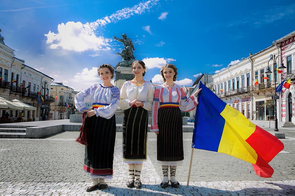 CENTENAR. Fetele din Botoșani au lansat videoclipul unui cântec patriotic VIDEO