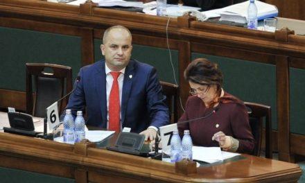 Miercuri, 10 octombrie,senatorul Lucian Trufin a susținut în calitate de inițiator în plenul Camerei Superioare a Parlamentului României, Proiectul de Lege de modificare și completare a Legii 566/2004, a cooperației agricole.