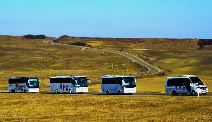 Transportatorii din Botoșani își suspendă activitatea. Niciun autocar sau microbuz nu mai pleacă spre Iași, Suceava, București sau Timișoara