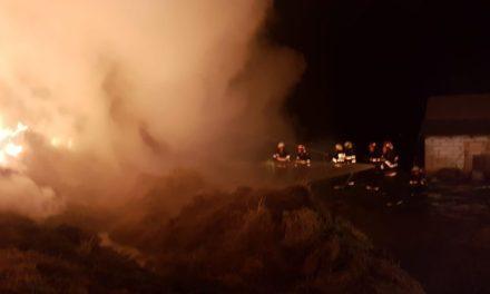 300 de tone de furaje distruse într-un incendiu, la Mitoc