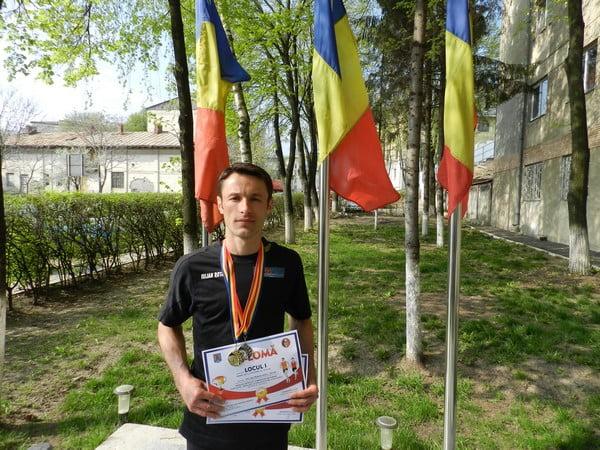 Iulian Rotariu, locul I pe MAI la maratonul internațional Piatra Craiului