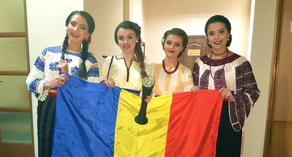 PRIMUL trofeu important câștigat de cele mai iubite fete, cu melodia #Hai la Botoșani – & VIDEO