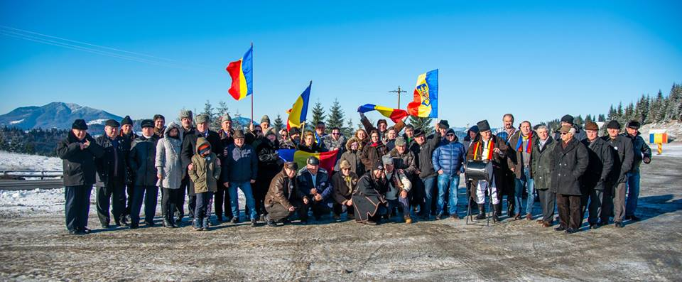 """Membrii Asociației """"Prietenii Basarabiei, Bucovinei și Ținutului Herța"""" prezenți de 1 Decembrie 2018 la Alba Iulia – FOTO"""