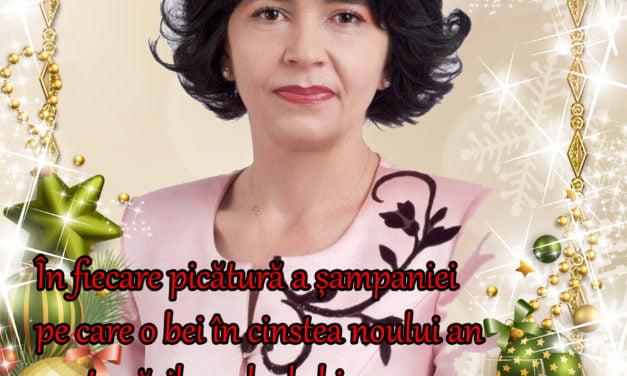 La mulți ani vă urează doamna senator Federovici Doina Elena