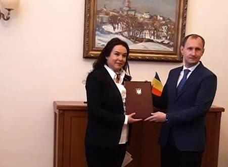 Noului consul general al României la Cernăuți i-a fost înmânat exequaturul pentru exercitarea mandatului diplomatic
