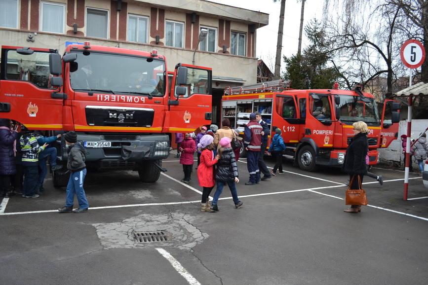 86 de ani de la înfiinţarea Protecţiei Civile în România
