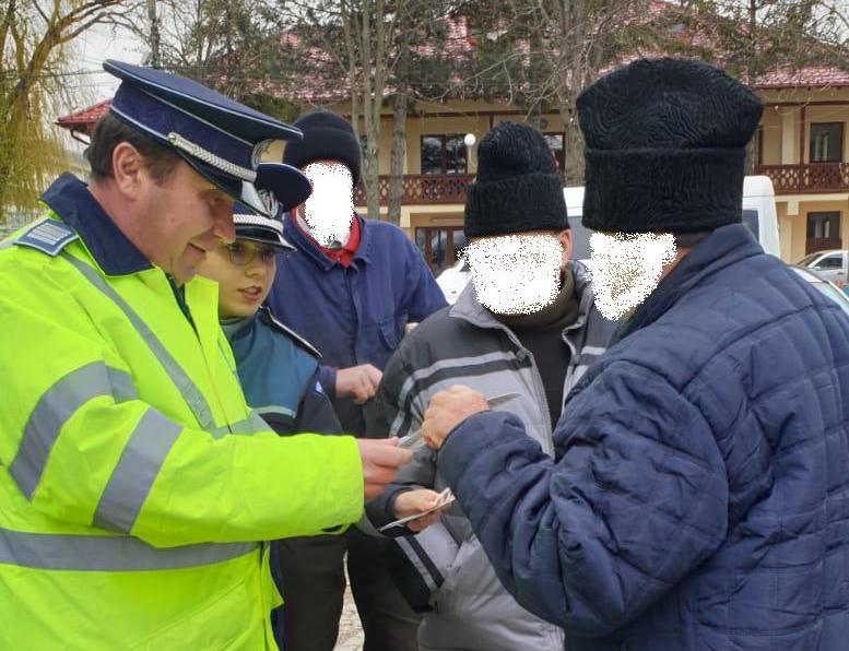 """CAMPANIA DE PREVENIRE A CRIMINALITĂŢII """"ÎMPREUNĂ PENTRU O COMUNITATE MAI SIGURĂ"""""""