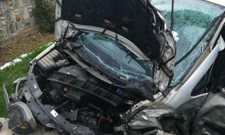 Grav accident în care au fost implicate 5 maşini pe drumul Botoşani Suceava