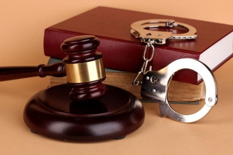Tânăr  HUDEȘTEAN cercetat sub control judiciar