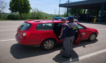 Bărbaţi daţi în urmărire internaţională de autorităţile române şi italiene, depistaţi la controlul de frontieră