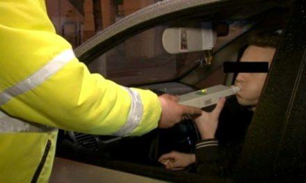 Dosar penal pentru conducerea sub influenţa alcoolului.