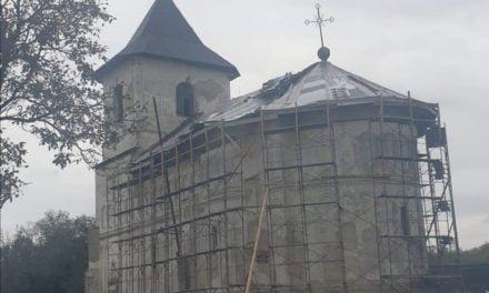 Apel la solidaritate ! pentru refacerea unei biserici făcut de primarul orașului Ștefănești