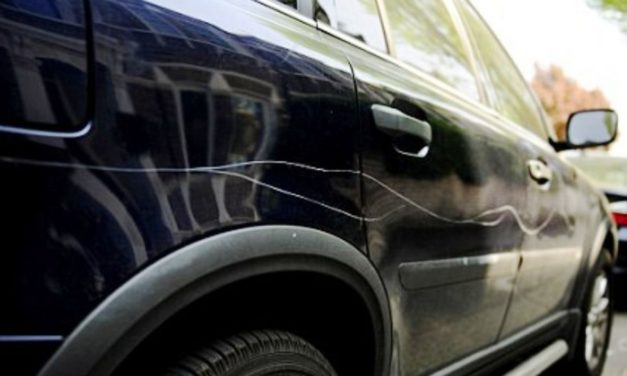 Ai zgâriat intenționat mașina cuiva sau ai îndoit ștergătorul de parbriz?Ești pasibil de închisoare!