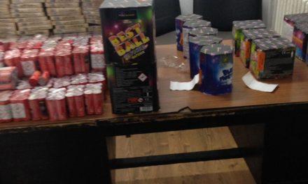 Materiale pirotehnice confiscate de poliţişti