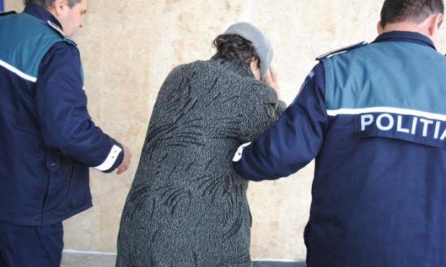 Dărăbăneancă prinsă făcând contrabandă cu țigări la Suceava