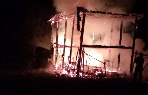 Incendiu la Alba Hudești în  24 Ianuarie  foto & video