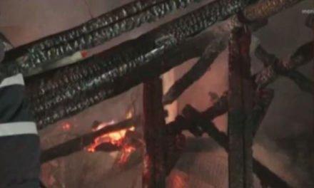 Incendiu în comuna Păltiniș. Un bărbat a fost găsit carbonizat