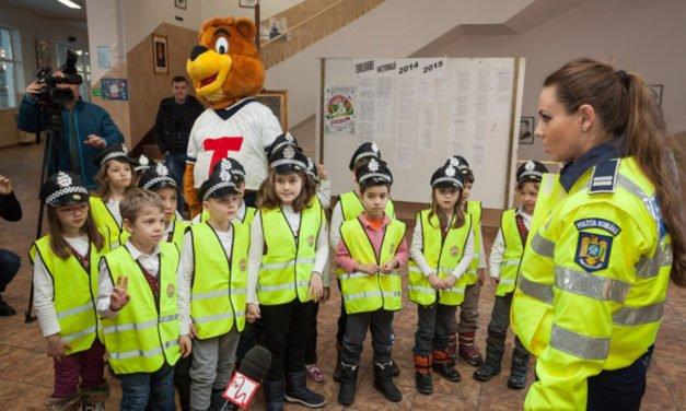 Poliţiştii botoşăneni au dat din nou startul  Şcolii Siguranţei Tedi
