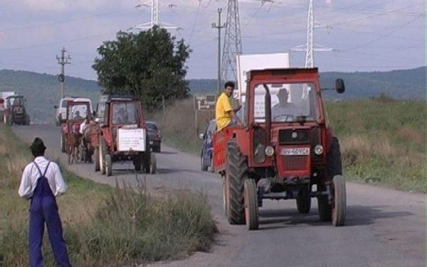 CURTEA SUPREMĂ A DECIS! TRACTORUL POATE FI CONDUS PE DRUMURI PUBLICE FĂRĂ PERMIS!