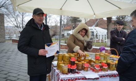 Târgul apicol Dorohoi  Foto &Video