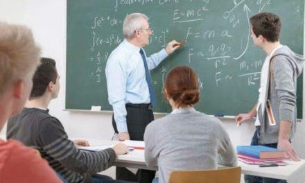 Pedepse mai aspre pentru elevii care își lovesc profesorii