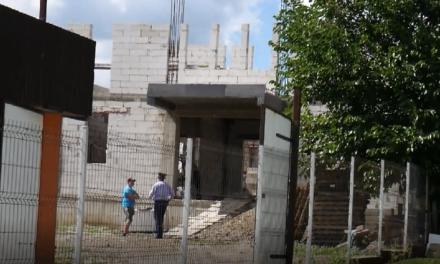 Un bărbat în vârstă de 52 de ani a murit, luni, în timp ce lucra pe un șantier din Havârna