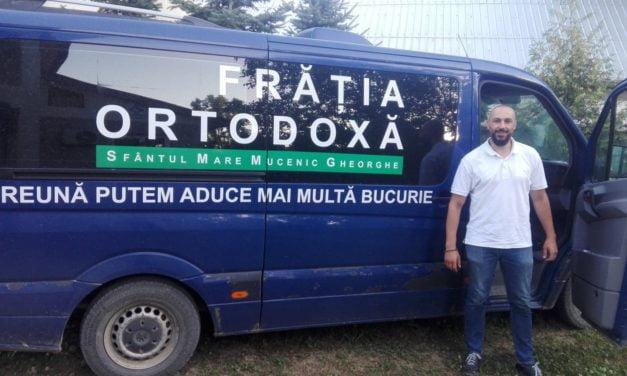 Frăția Ortodoxă – filiala Botoșani a distribuit o a doua tranșă de lapte și pachete cu produse alimentare familiilor nevoiașe