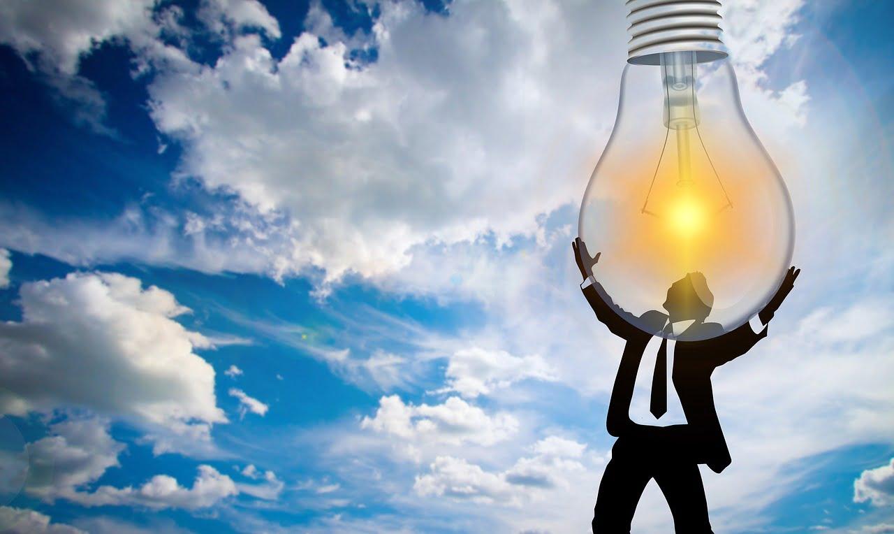 Preţul la energia electrică pentru clienţii casnici, liberalizat din 2021