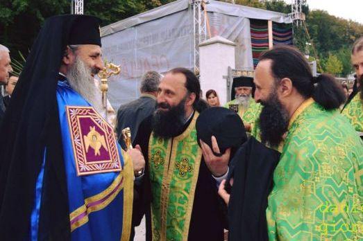 Un călugăr de la schitul Alba Hudești  s-a stins din viață, fratele său geamăn, de la același schit, este la spital