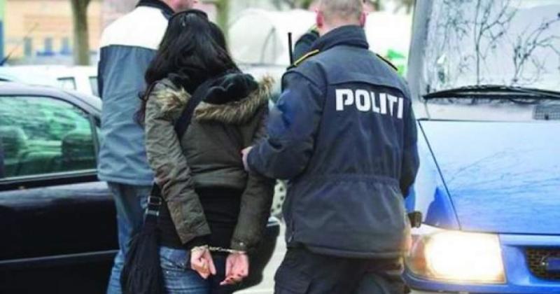 Femeie reținută pentru furt